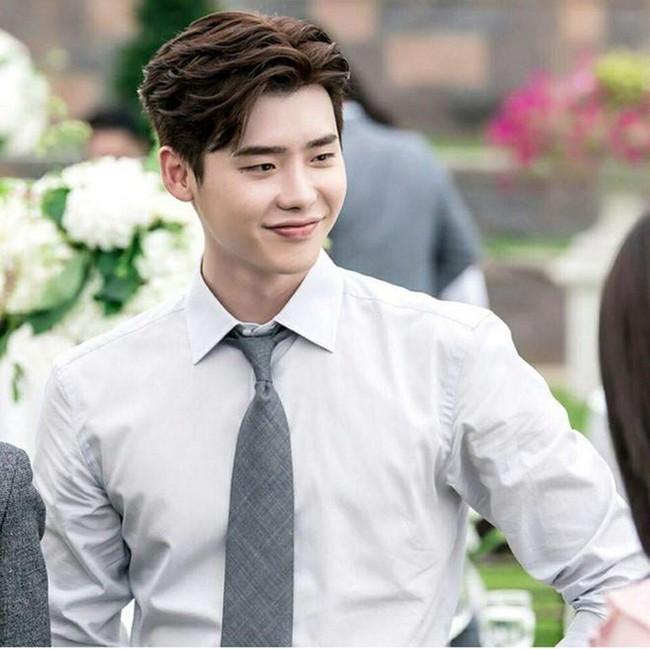 Hé lộ cát xê của Hyun Bin - Son Ye Jin - Song Joong Ki: Tỷ lệ ăn chia mỗi lần quay phim, đi sự kiện cao ngất ngưởng nhưng vẫn thua người này - Ảnh 5.