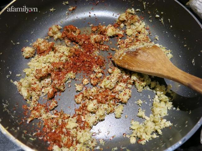 Học cách làm mắm nêm chay ngon đến ngỡ ngàng từ Food Blogger Liên Ròm - Ảnh 3.