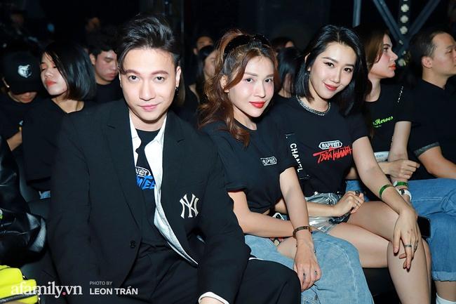 """Thảm đỏ """"cực nóng"""" của Rap Việt: Thúy Ngân, Diễm My 9X đọ sắc không """"hot"""" bằng sự xuất hiện của một cặp đôi Vbiz đang vướng tin đồn tái hợp  - Ảnh 8."""