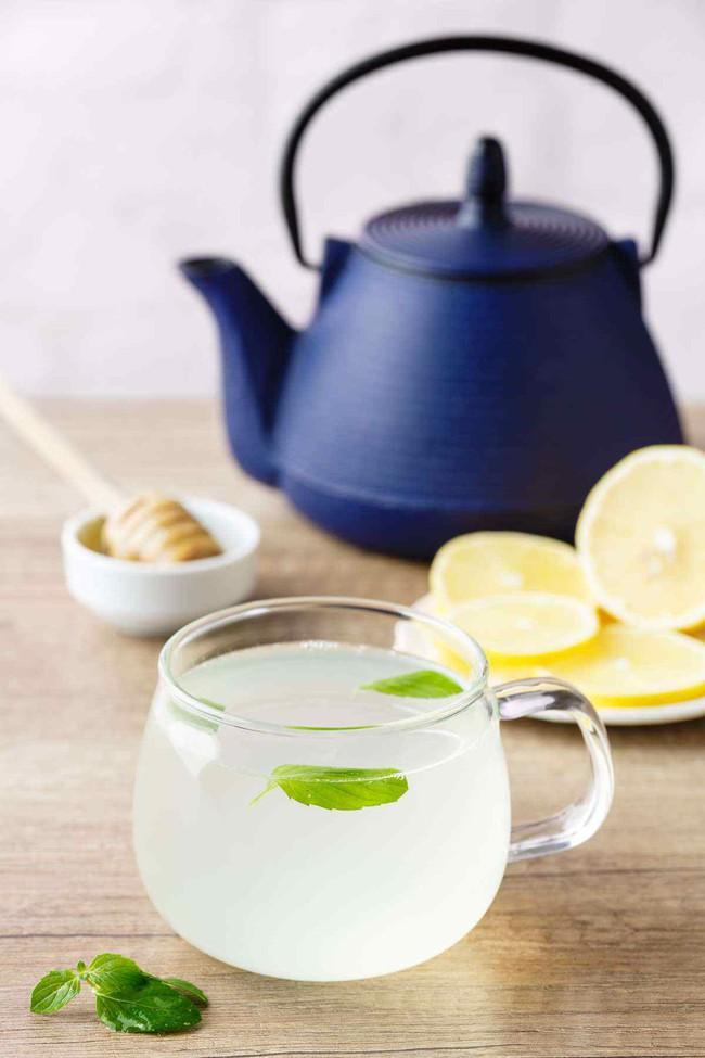 5 công thức nước chanh giúp giảm cân thần tốc còn thanh lọc cơ thể - Ảnh 2.
