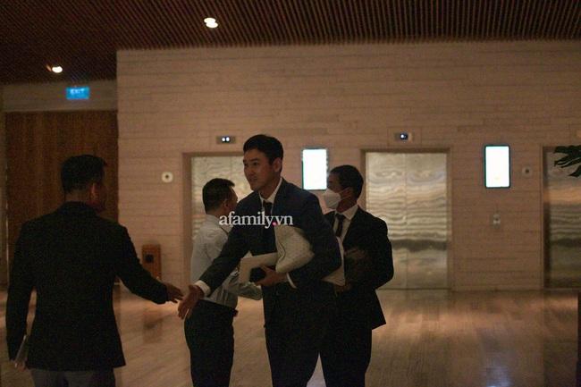 Khoảnh khắc được mong chờ nhất trong đám cưới đặc biệt của Công Phượng - Viên Minh: Hình ảnh hiếm hoi của 2 bên gia đình được hé lộ - Ảnh 3.