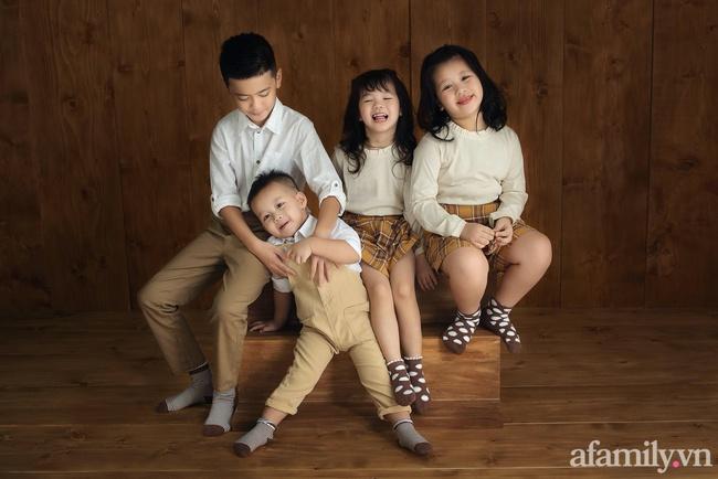 Mẹ Sài Gòn 8 năm sinh mổ 4 lần, nhìn đàn con chút chít đáng yêu ai cũng thích nhưng ngó nhan sắc của mẹ còn ngỡ ngàng hơn - Ảnh 4.