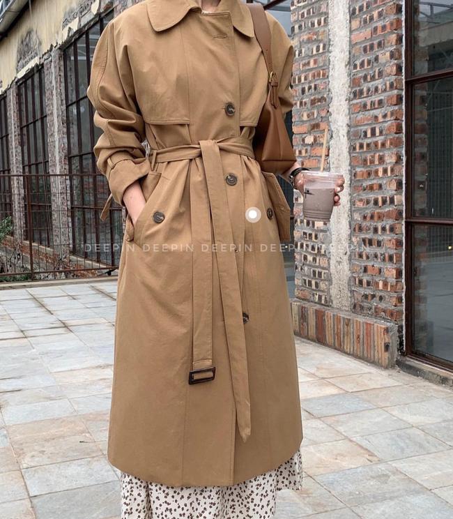 """9 mẫu áo trench coat """"hàng tuyển"""" giá từ 600k ai mặc cũng sang - Ảnh 1."""
