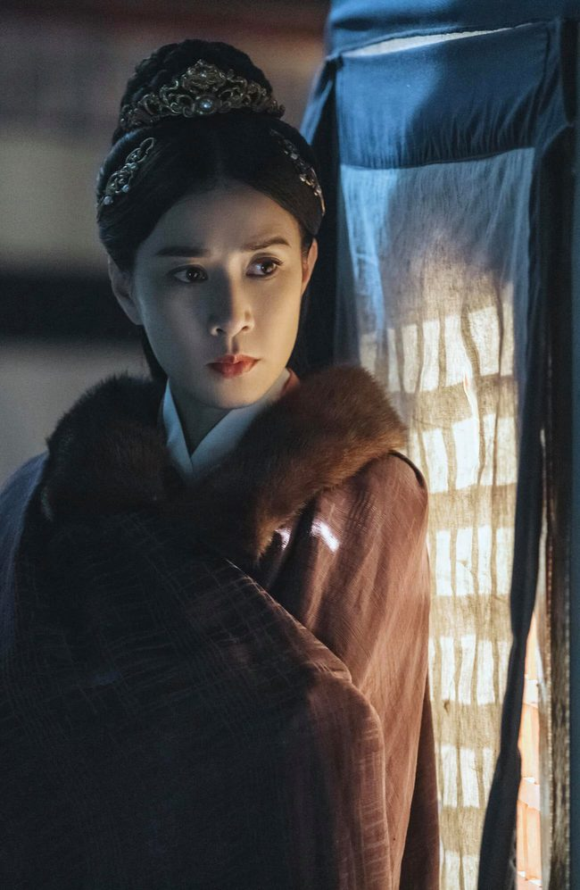 """Yến Vân Đài: Chồng Xa Thi Mạn làm phản rồi bị giết, người phụ nữ khổ nhất chính là """"Chị Đại TVB"""" - Ảnh 6."""