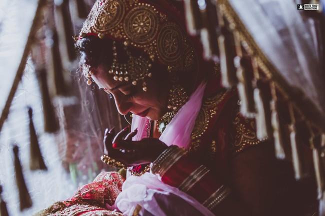 """Hôn lễ vừa kết thúc, cô dâu chết lặng khi biết phải phục vụ """"3 chồng"""" trong cùng một gia đình luân phiên nhau và tục cho thuê vợ hàng tháng gây nhức nhối - Ảnh 2."""