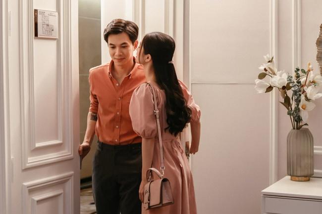 Sau Thu Trang - Kiều Minh Tuấn, Jun Vũ và Anh Tú chính thức thành đôi, còn có cảnh hôn lãng mạn  - Ảnh 7.