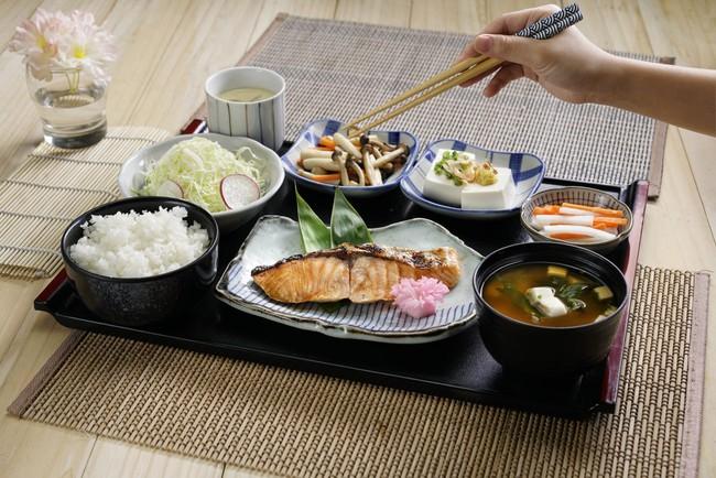 Loại cá khiến người Nhật liên tục được WHO xếp hạng sống thọ số 1 thế giới, may mắn là ở Việt Nam cũng có bán rất nhiều  - Ảnh 3.