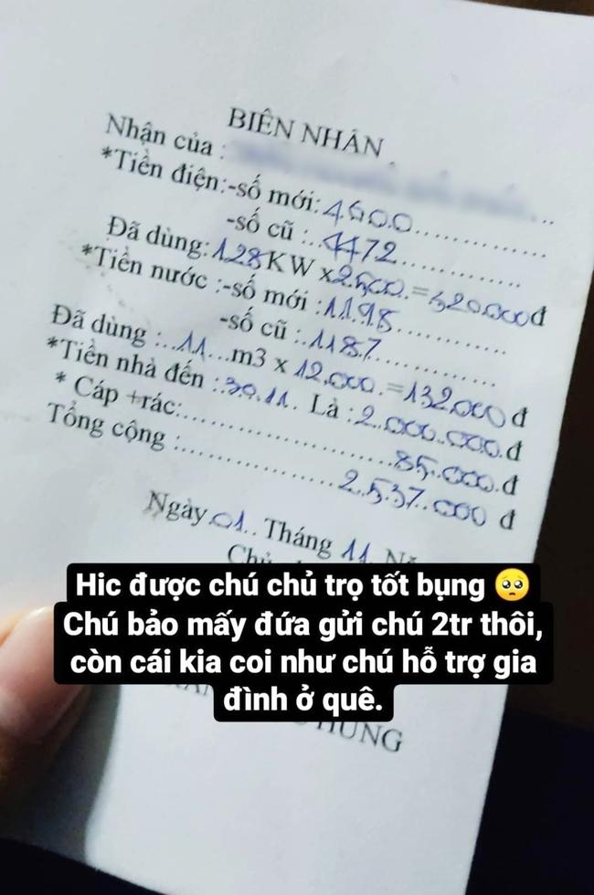 Chàng sinh viên quê Quảng Ngãi nghẹn ngào với tấm lòng của chủ nhà trọ sau đợt bão lũ: Bớt tiền nhà, miễn phí tiền điện nước để hỗ trợ gia đình ở quê - Ảnh 1.