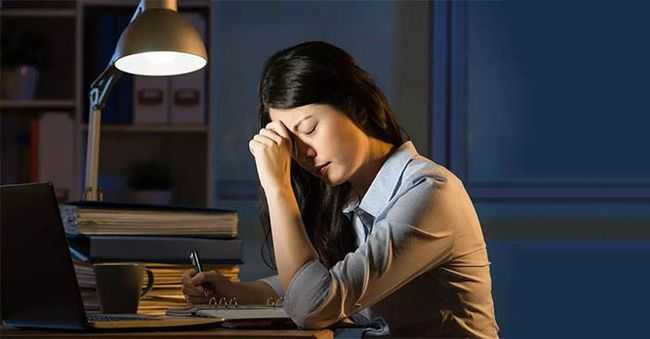 7 thói quen hàng triệu người mắc mỗi ngày là thủ phạm gây teo não - Ảnh 3.