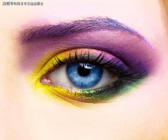 Hé lộ tính cách của phụ nữ sở hữu mắt to và mắt nhỏ: Người tinh tế thông minh nhưng nóng nảy, người có vận đào hoa lại nhẹ dạ - Ảnh 2.
