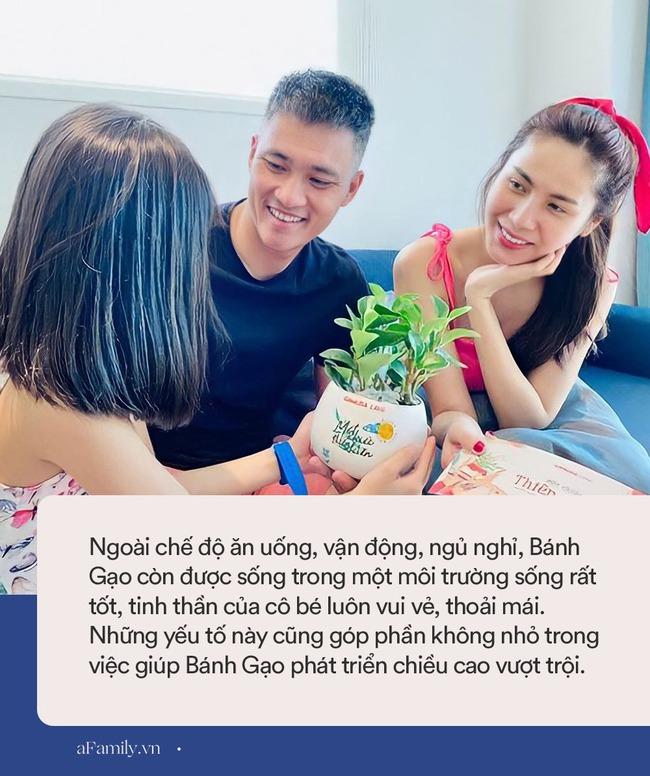 Con gái Thủy Tiên mới 7 tuổi đã sở hữu chân dài thẳng tắp giống mẹ, nhìn cách nuôi con của nữ ca sĩ có nhiều điều đáng học hỏi - Ảnh 8.