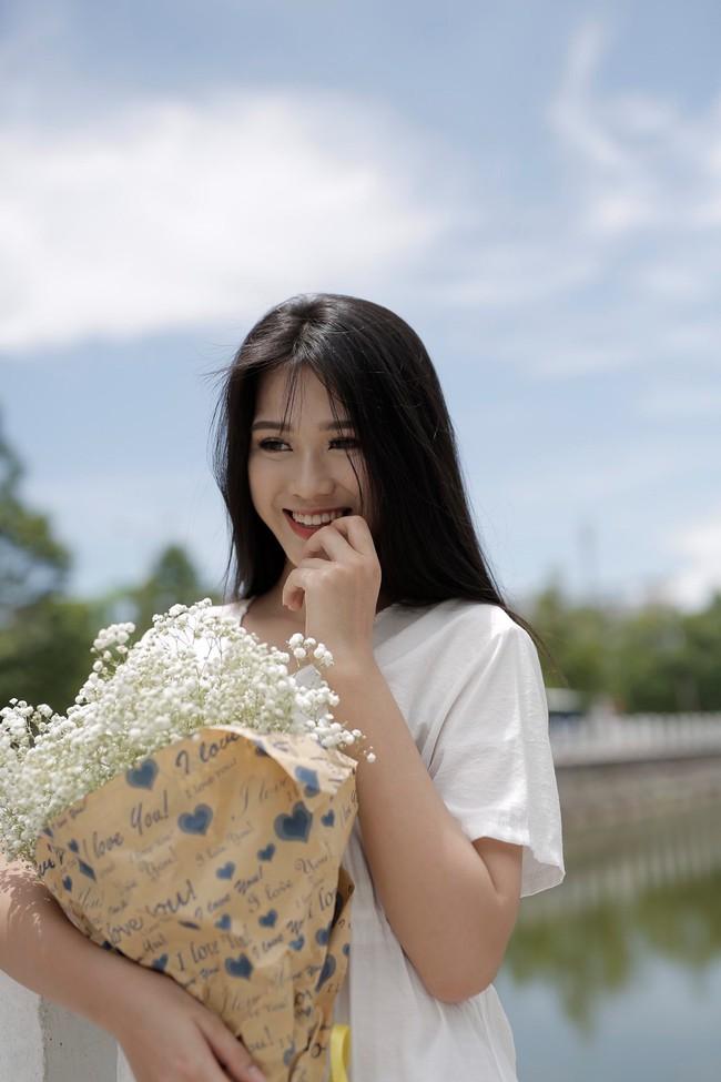 """Tân Hoa hậu Đỗ Thị Hà: Body """"căng đét"""", học vấn đáng ngưỡng mộ nhưng nhan sắc đời thường có được như tung hô? - Ảnh 16."""