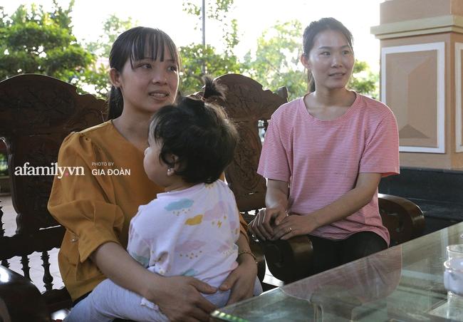 Độc quyền: Người thân bật khóc khi xem lại khoảnh khắc Đỗ Thị Hà đăng quang ngôi vị Hoa hậu Việt Nam 2020 - Ảnh 10.