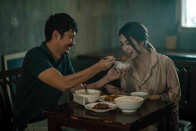 Huy Khánh không ngại thẳng tay tát Khổng Tú Quỳnh say sẩm - Ảnh 4.