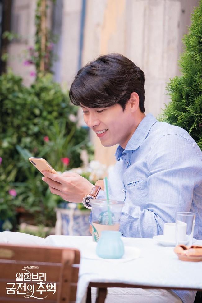 Hyun Bin gây sốt với bộ ảnh khoe cận gương mặt đẹp không góc chết, fan xuýt xoa vì nhan sắc quá cực phẩm - Ảnh 18.