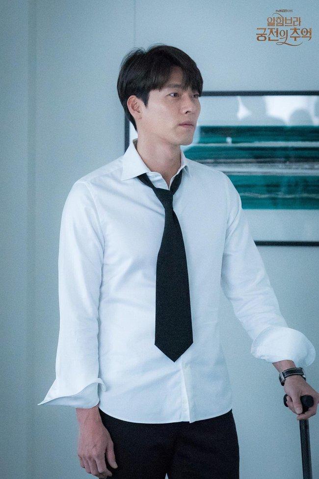 Hyun Bin gây sốt với bộ ảnh khoe cận gương mặt đẹp không góc chết, fan xuýt xoa vì nhan sắc quá cực phẩm - Ảnh 6.