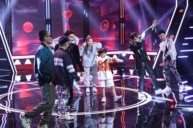 Ăn theo trend Rap Việt, Trường Giang đọc Rap trước mặt thầy trò Wowy - Ảnh 8.