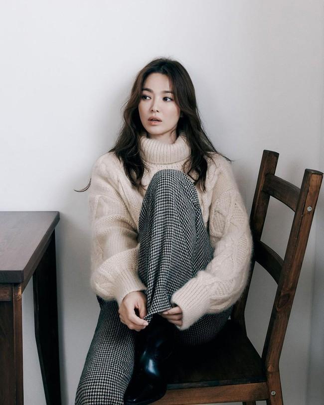 Đúng sinh nhật tuổi 39 của Song Hye Kyo, người đàn ông bí ẩn này lập tức nhắn nhủ lời yêu thương không thể ngọt ngào hơn - Ảnh 3.