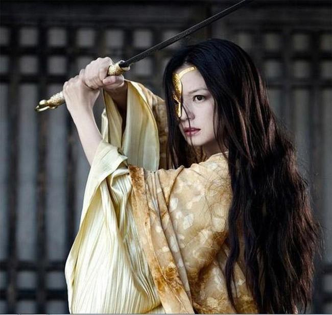 Châu Tấn - Triệu Vy thù ghét, không nhìn mặt nhau: Lộ danh tính sao hạng A đâm thọt 2 bên chính là Dương Mịch - Ảnh 4.