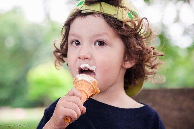 Nếu trẻ có 4 biểu hiện bất thường này chứng tỏ việc tích tụ thức ăn trong cơ thể quá nhiều - Ảnh 4.