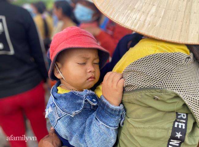 Người vợ nghèo Gia Lai bị tai nạn nặng trên đường chồng chở đến bệnh viện, chống nạng cầu cứu bác sĩ Sài Gòn - Ảnh 7.