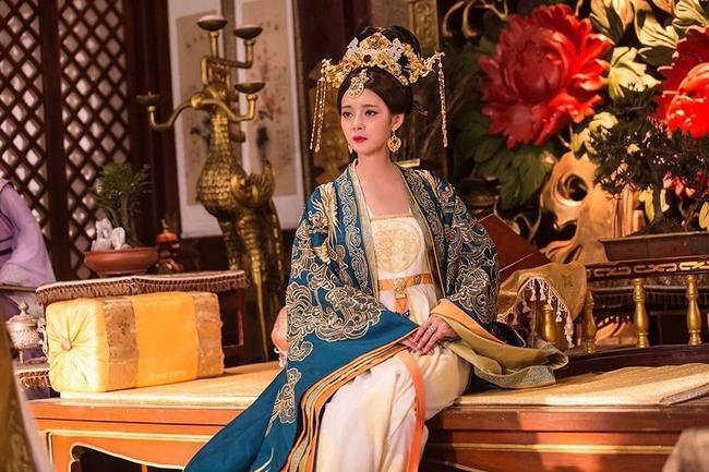 Sau khi giết em ruột và 5 cháu trai vì ngôi Hoàng đế, Lý Thế Dân vẫn thu nạp em dâu làm phi tần, lẽ nào không sợ bị trả thù? - Ảnh 2.
