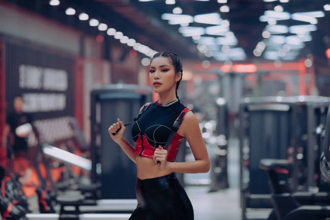 Bảo Anh hóa nữ chiến binh quyến rũ, không những rủ rê Minh Tú còn lôi kéo dàn rapper điển trai HIEUTHUHAI, ICD… vào góp mặt trong MV mới - Ảnh 5.