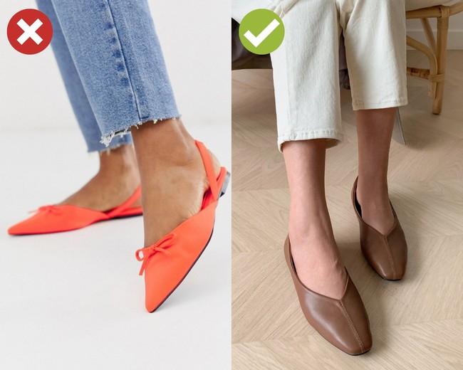 4 mẫu giày dù giảm giá kịch kim dịp Black Friday thì chị em cũng đừng sắm vì khó kết hợp, dễ làm xấu cả bộ đồ - Ảnh 3.