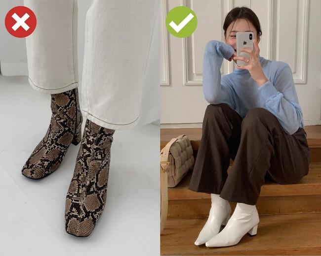 4 mẫu giày dù giảm giá kịch kim dịp Black Friday thì chị em cũng đừng sắm vì khó kết hợp, dễ làm xấu cả bộ đồ - Ảnh 1.