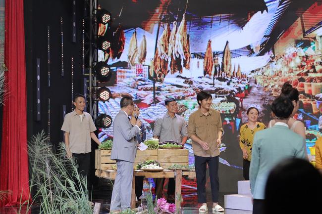 Hoa hậu Khánh Vân kể chuyện đến nhà H'Hen Niê chơi và cái kết hết sức phũ phàng  - Ảnh 1.