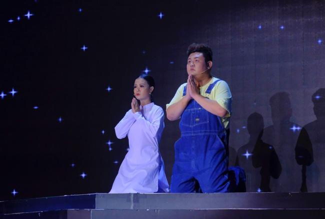 """Cô gái được Lê Dương Bảo Lâm giúp livestream bán hàng và đòi nợ gây xúc động trong tập 1 """"Cười Xuyên Việt 2020"""" - Ảnh 7."""