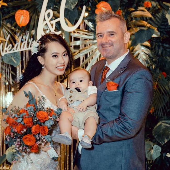 """Cuộc hôn nhân của cô gái Việt và thầy giáo Ireland: Lần đầu gặp rể, bố vợ """"mặt hình sự"""" nhưng thay đổi thái độ hoàn toàn sau khi nói chuyện với bà thông gia - Ảnh 5."""