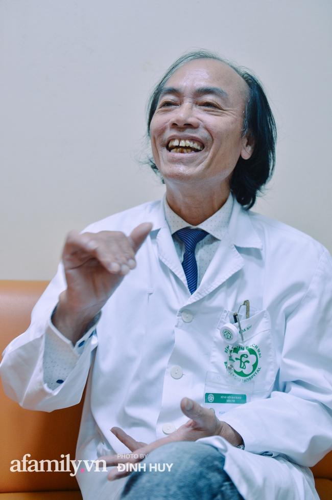 Bác sĩ khoa Nhi chia sẻ chuyện nghề: Ca bệnh ám ảnh nhất là trẻ bị tử vong do viêm phổi, lạm dụng kháng sinh là câu chuyện đáng báo động từ rất lâu  - Ảnh 9.