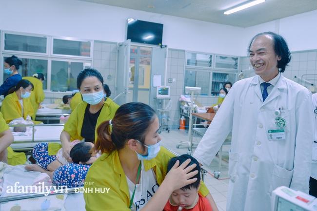 Bác sĩ khoa Nhi chia sẻ chuyện nghề: Ca bệnh ám ảnh nhất là trẻ bị tử vong do viêm phổi, lạm dụng kháng sinh là câu chuyện đáng báo động từ rất lâu  - Ảnh 5.