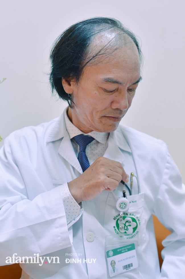 Bác sĩ khoa Nhi chia sẻ chuyện nghề: Ca bệnh ám ảnh nhất là trẻ bị tử vong do viêm phổi, lạm dụng kháng sinh là câu chuyện đáng báo động từ rất lâu  - Ảnh 3.