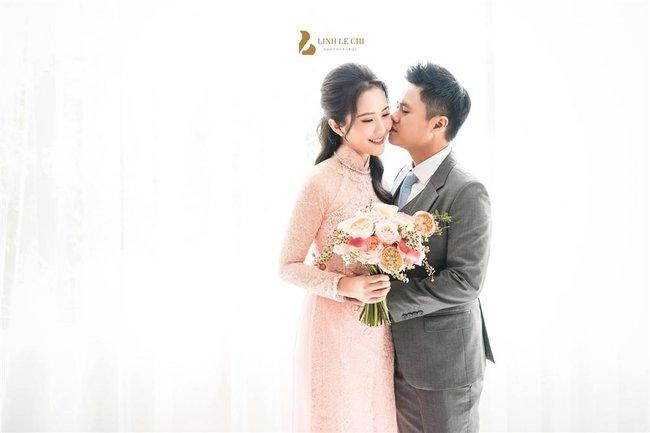 Khỏi cần đoán cô dâu bí mật của thiếu gia Phan Thành nữa, bởi Primmy Trương đã lộ diện e ấp bên chàng rồi đây! - Ảnh 3.