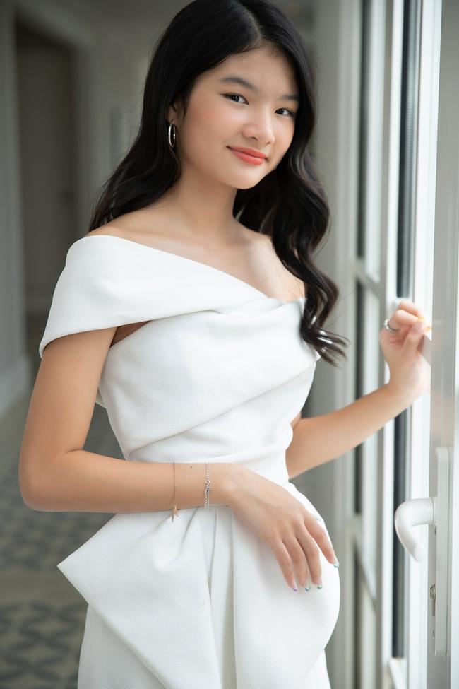 """Devon Trần - con gái Trương Ngọc Ánh và Trần Bảo Sơn mới 12 tuổi mà cao 1m6, dự đoán là """"ứng viên Hoa hậu"""" - Ảnh 5."""