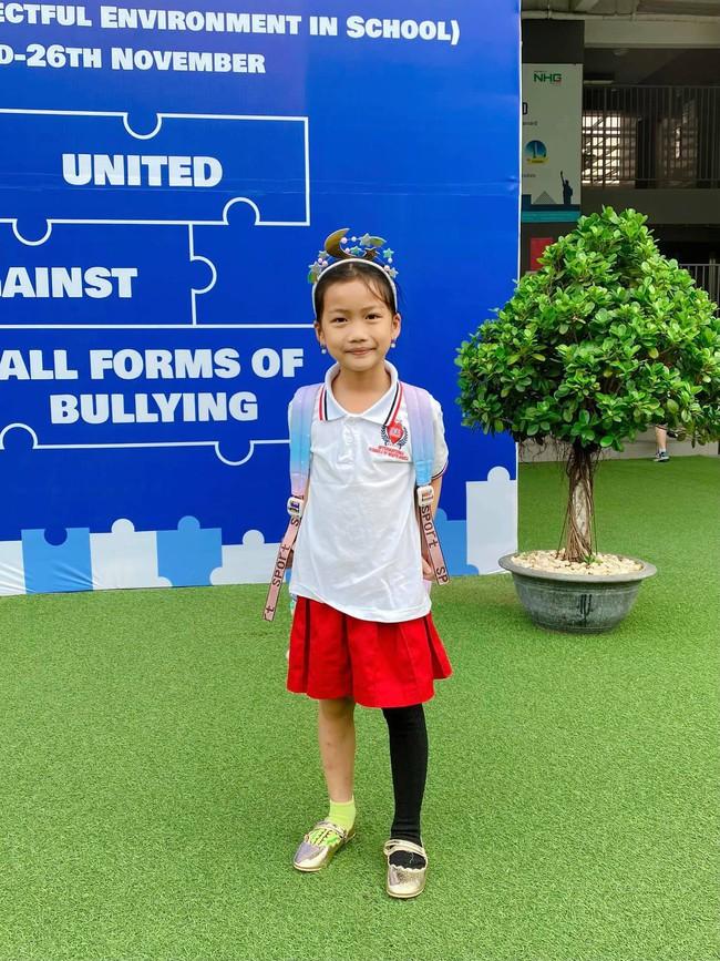 Học trường có mức phí nửa tỷ/năm nhưng con gái Ốc Thanh Vân lại ăn mặc lôi thôi đến lớp, nghe nữ MC chia sẻ mới thấy quá hay ho - Ảnh 2.