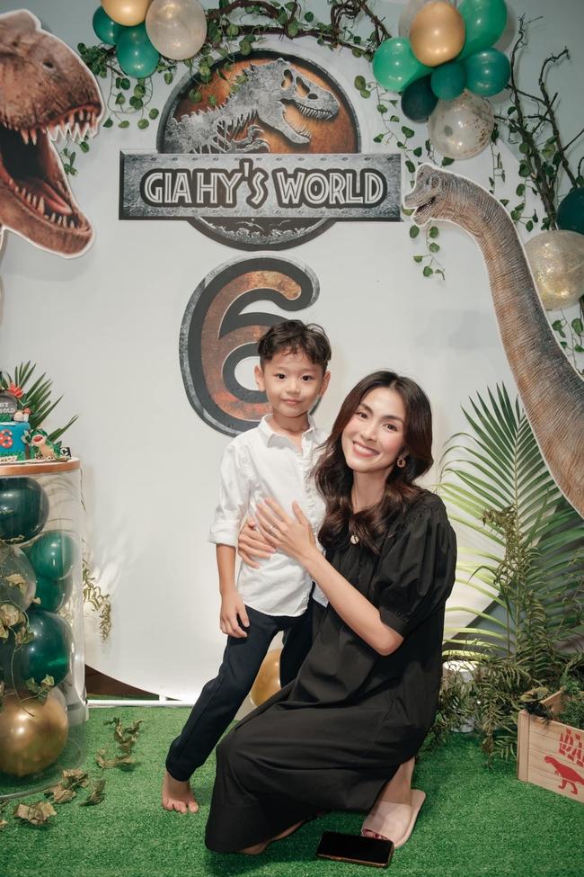 """Đi dự sinh nhật con trai bạn thân nhưng Tăng Thanh Hà và Mai Phương Thúy lại chiếm """"spotlight"""" vì điều này - Ảnh 3."""
