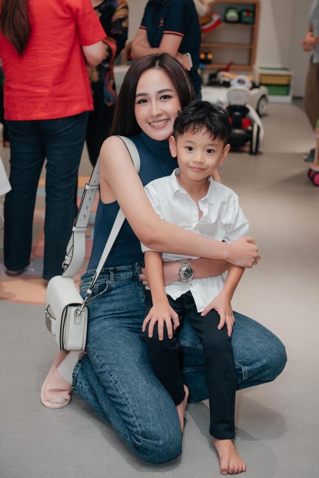 """Đi dự sinh nhật con trai bạn thân nhưng Tăng Thanh Hà và Mai Phương Thúy lại chiếm """"spotlight"""" vì điều này - Ảnh 4."""