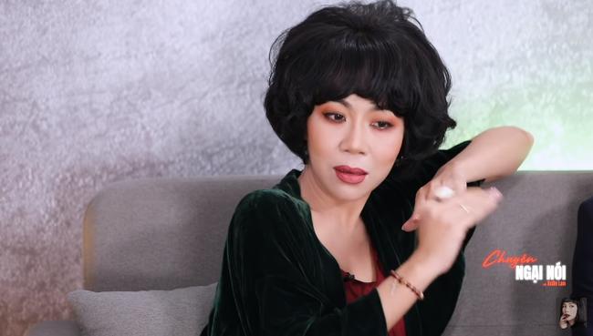 Xuân Lan kể chuyện 18+ với người tình cũ trước mặt chồng - Ảnh 4.