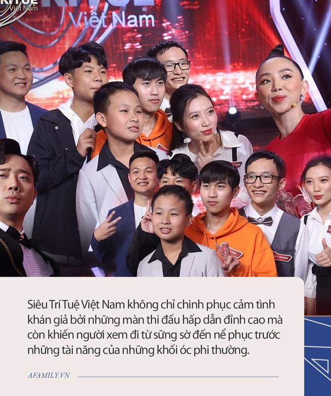 """Những trường hợp """"Siêu trí tuệ Việt Nam"""" quá giới hạn bộ não con người khiến giám khảo nổi da gà, Trấn Thành còn thốt lên: Vô lý - Ảnh 1."""