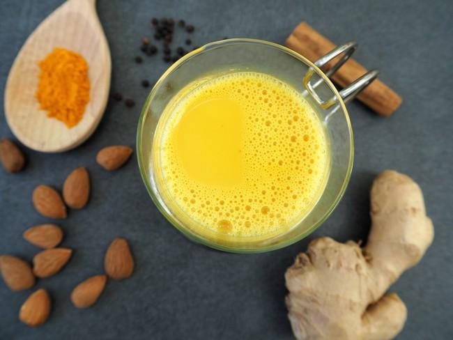 Không phải sữa nghệ, đây mới là thức uống có nguồn gốc từ nghệ lên ngôi vào mùa đông năm nay! - Ảnh 5.
