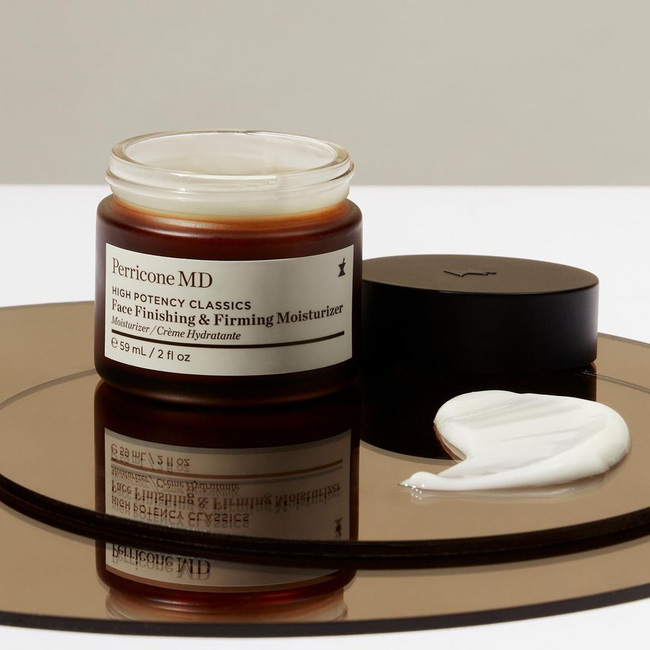 Các quý bà U50-70 gọi tên 5 sản phẩm chống già họ mê nhất, hiệu quả thể hiện trên chính làn da khỏe đẹp bất chấp thời gian   - Ảnh 2.