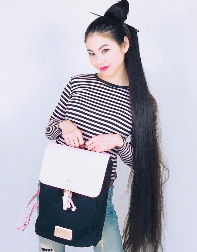 Cô gái Nhật sở hữu mái tóc dài 1m78 sau 15 năm không cắt và câu chuyện về những nàng Rapunzel ngoài đời thực - Ảnh 1.