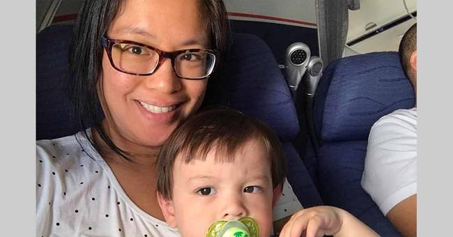 Người phụ nữ này suýt chết trước mặt con trên chuyến bay vì căn bệnh dị ứng với thực phẩm - Ảnh 2.