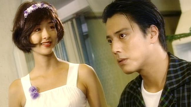 """""""Mẹ Suzy"""" Song Seon Mi: Gây tranh cãi vì mặc đồ phản cảm khoe nguyên vòng 3 trên thảm đỏ, bất hạnh khi chồng bị anh họ giết hại do tranh chấp khối tài sản hơn 1.000 tỷ đồng - Ảnh 4."""
