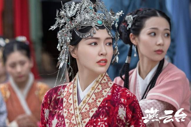 """""""Yến Vân Đài"""": Lộ sạn dùng diễn viên đóng thế cho Đường Yên, toàn cảnh bay lộn nguy hiểm cho bà bầu  - Ảnh 9."""