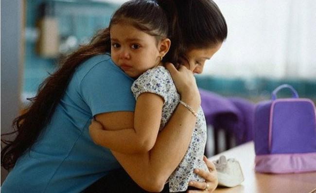 Bố mẹ kêu trời vì con khủng hoảng tuổi lên 3, biết 10 gợi ý dưới đây sẽ giúp vượt qua dễ dàng - Ảnh 3.