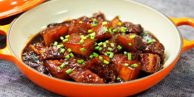 Mách chị em cách làm món thịt kho tàu ngon nức lòng, không cần chưng nước hàng mà thịt vẫn ra màu chuẩn chỉ! - Ảnh 6.
